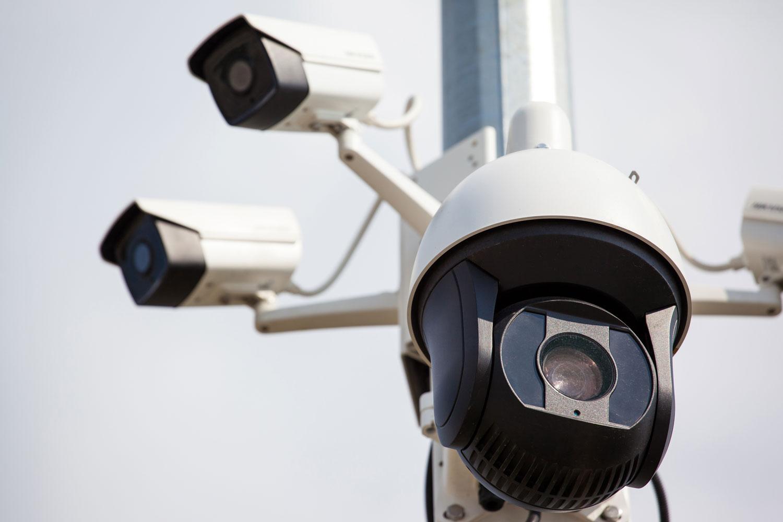 Sicherheitskonzepte_Videoüberwachungs_Analysesystemen sorgen wir für den Schutz Ihrer Gewerbeimmobilie und Ihres Privathaushalts